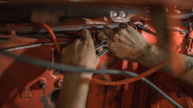 momentnøglesæt-bil-værksted-carls-ras